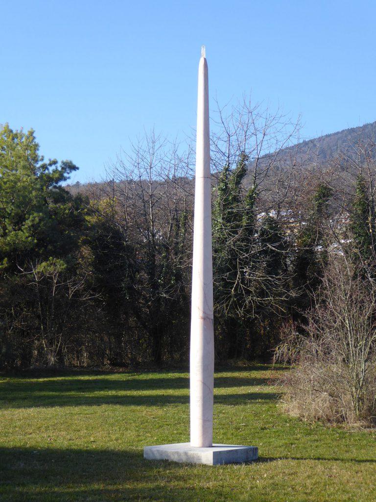 Monument Maurice Bavaud Marbre rose - 2011